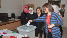 Voters in Aleppo (photo: SANA)